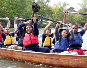 Groundwork Somerville and NPS-RTCA Fellow Rani Jacobson bring Canoemobile to Boston