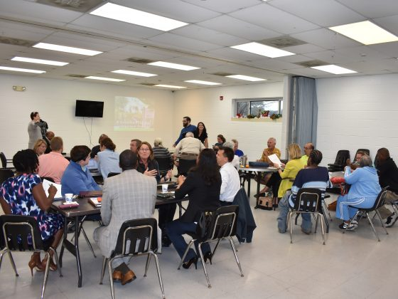 Community meeting with Groundwork Mobile steering committee